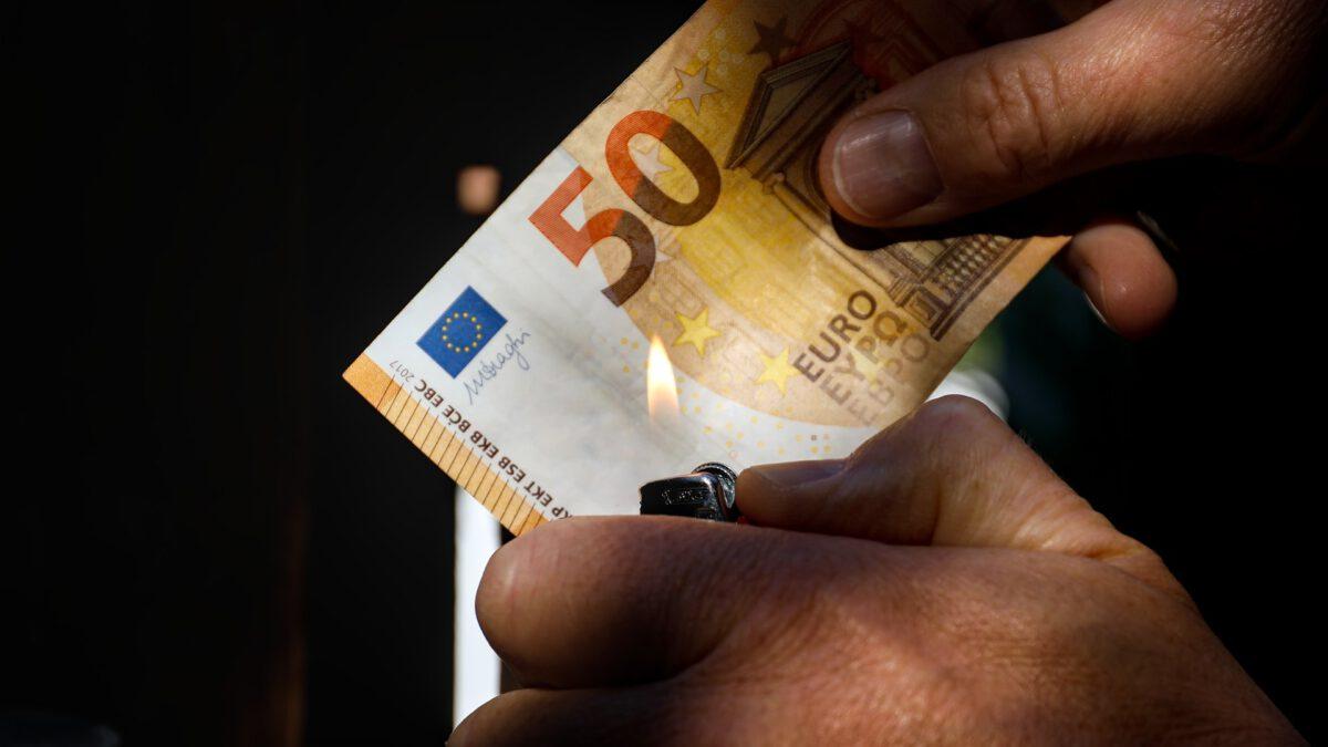 feuerzeug und 50 euro schein