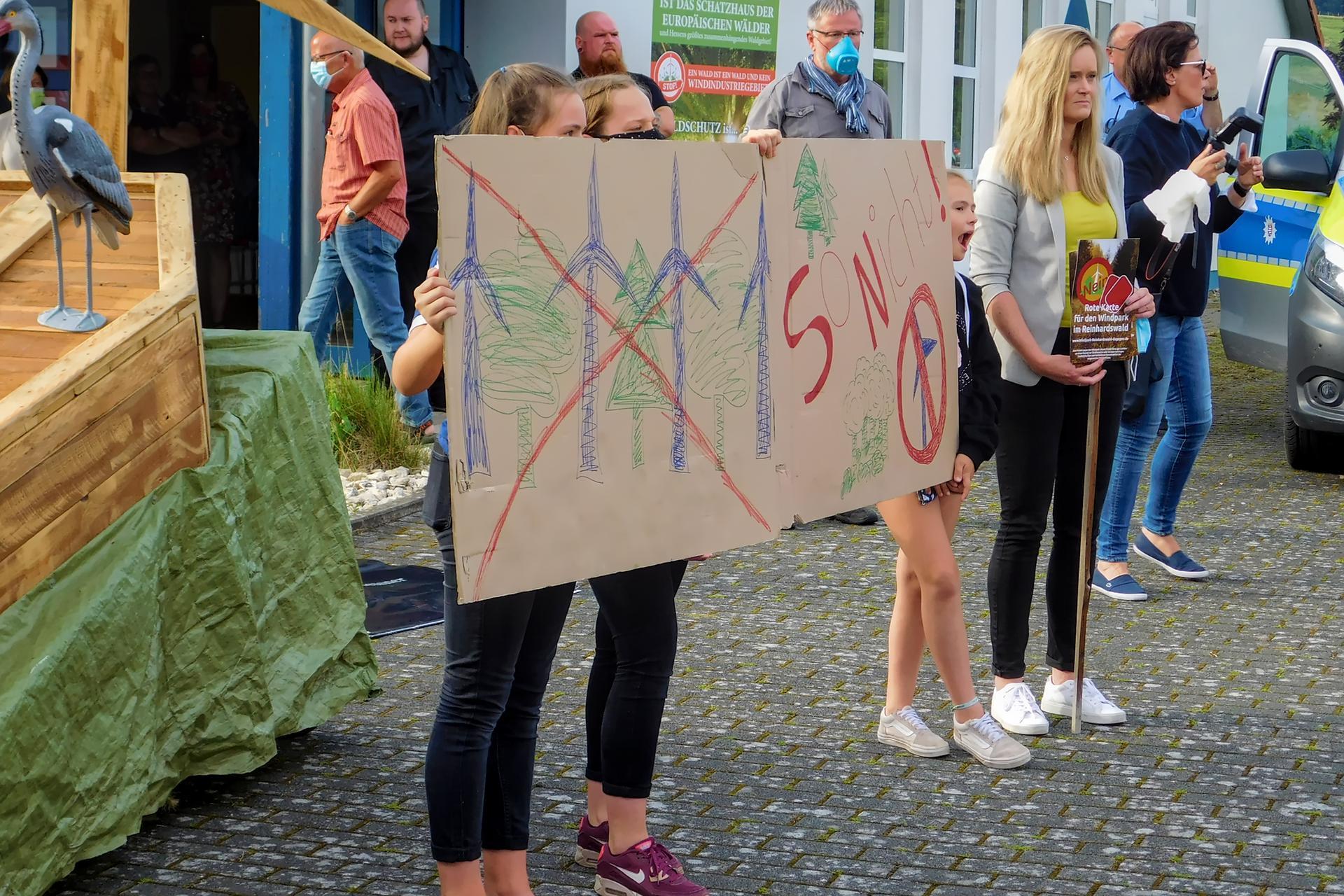 Unsere Kinder sagen nein zum Windpark Reinhardswald
