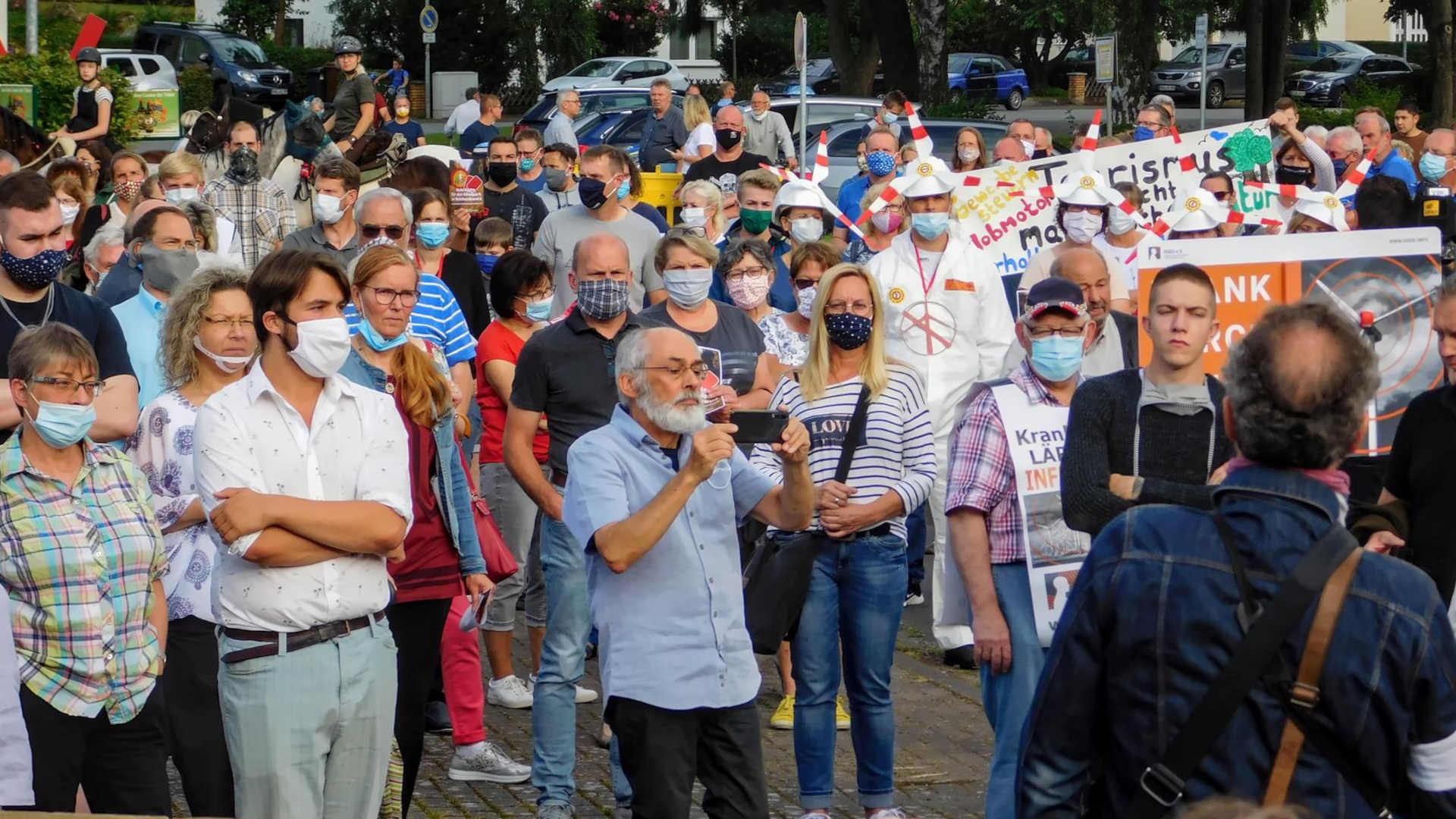 Demo Impressionen: Gemeinsam sind wir nicht zu stoppen